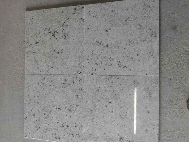 Indian White Galaxy Granite Tiles Polished Flooring Granite Tiles