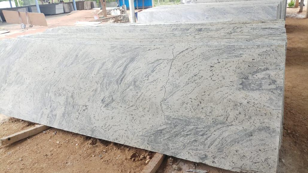 Indian White Granite Slabs Kashmir White Slabs with High Quality