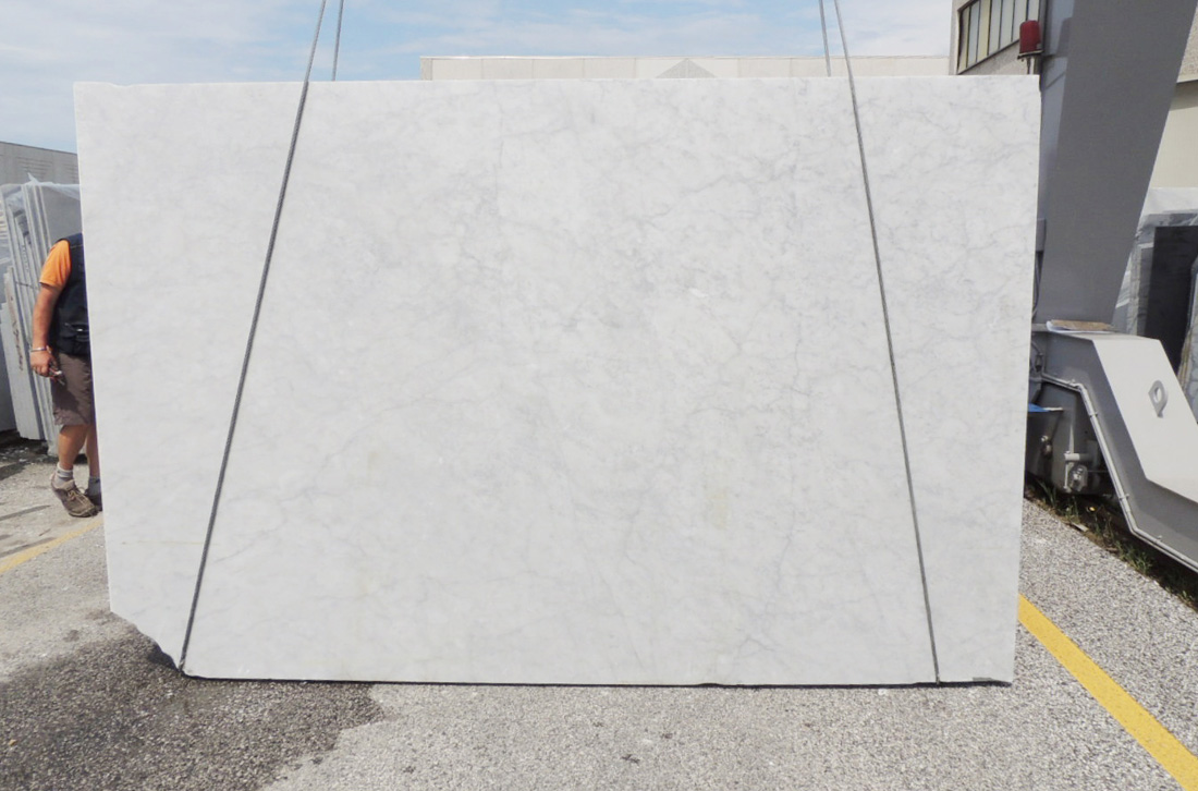 Italian Carrara 2cm Honed White Marble Stone Slabs
