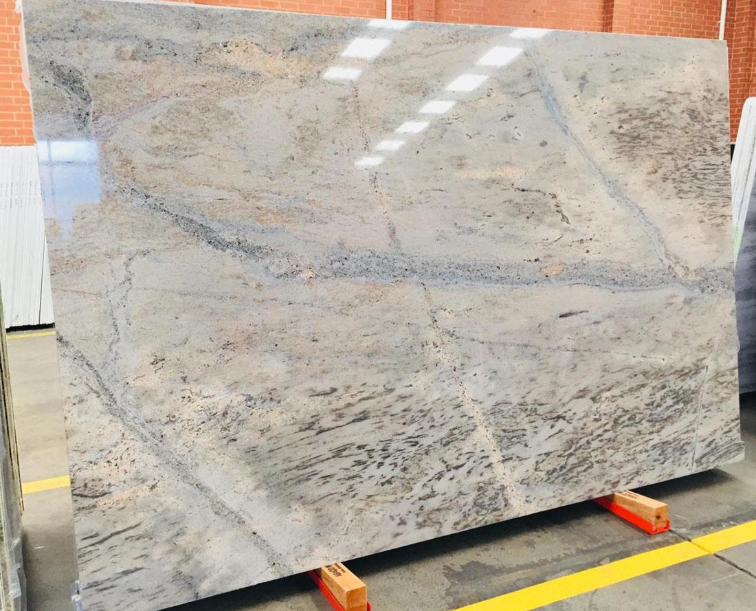 Ivory Brown Granite Polished Indian Granite Stone Slabs