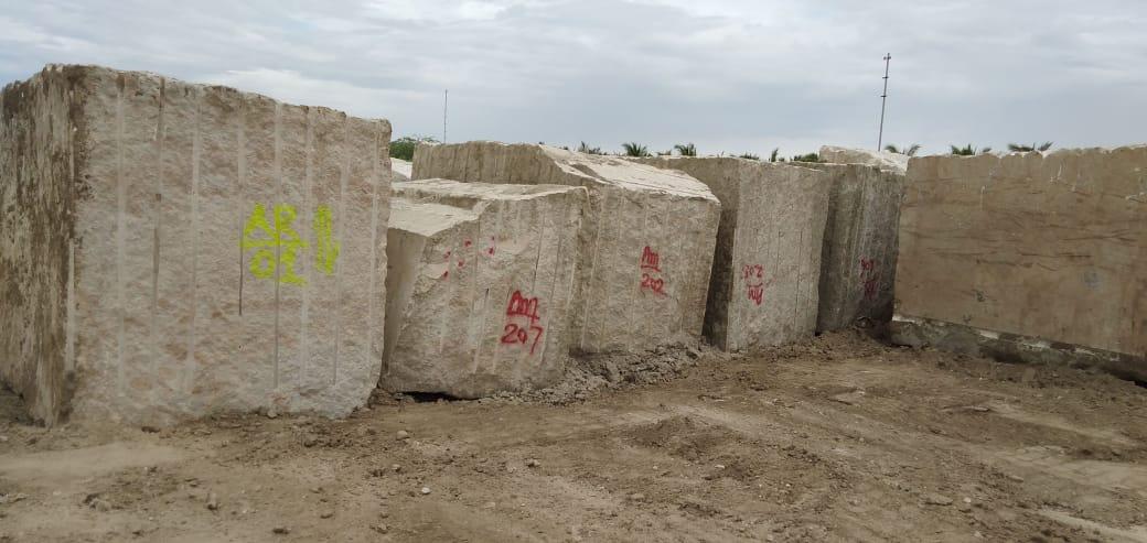 Kashmeer White Block Natural Granite Blocks from Indian Supplier