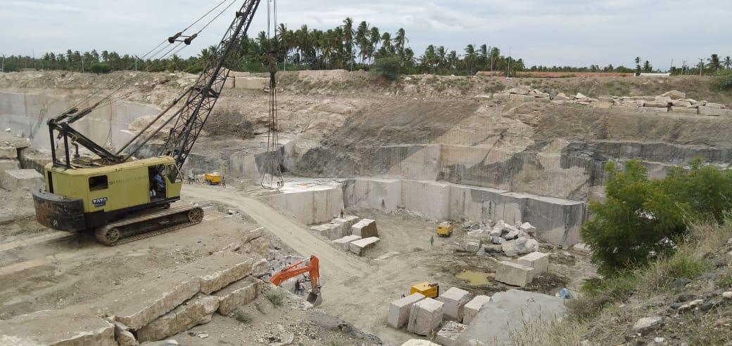 Kashmeer White Natural Granite Blocks for Export