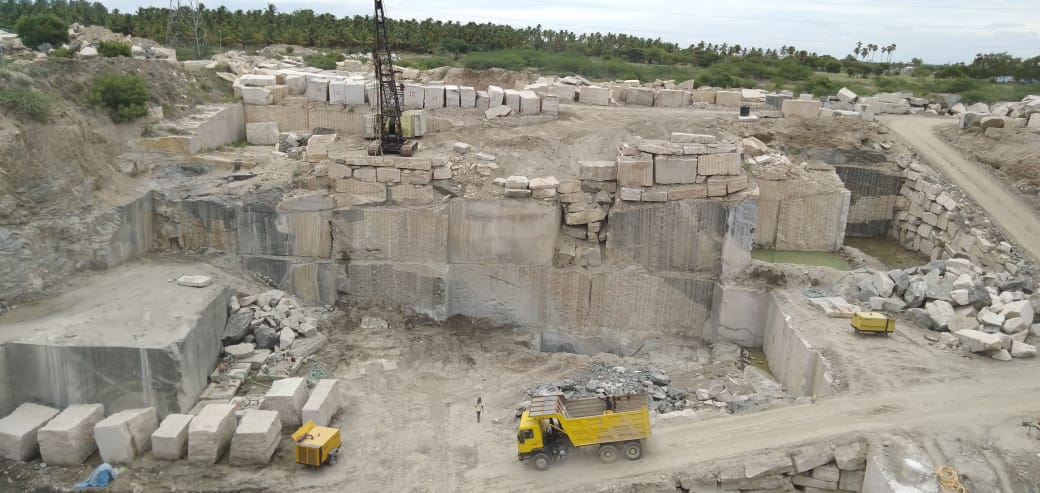 Kashmeer White Natural Granite Blocks from Indian