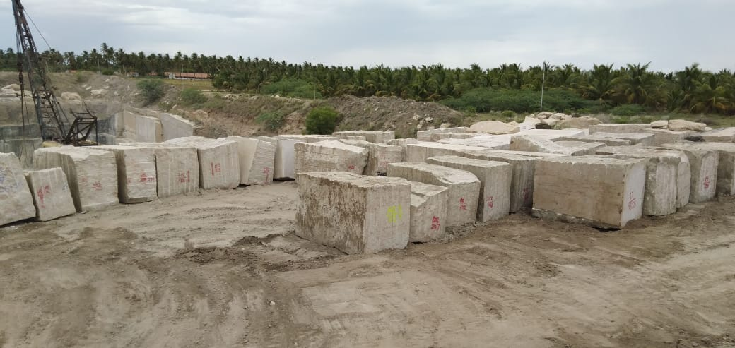 Kashmeer White Natural Granite Blocks with Competitive Price