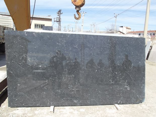 LEOPAR BLACK Marble Large Slabs
