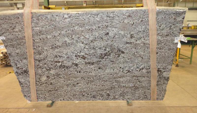 Lennon Granite Slabs Brazilian Polished Granite Stone Slabs for Countertops