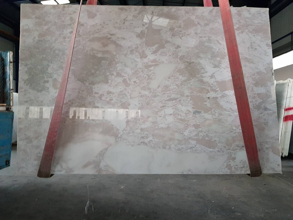 Leopar Gold Polished Beige Marble Slabs