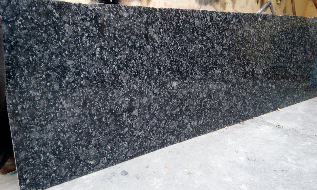 Magic Black Granite Slabs for Kitchen Countertops