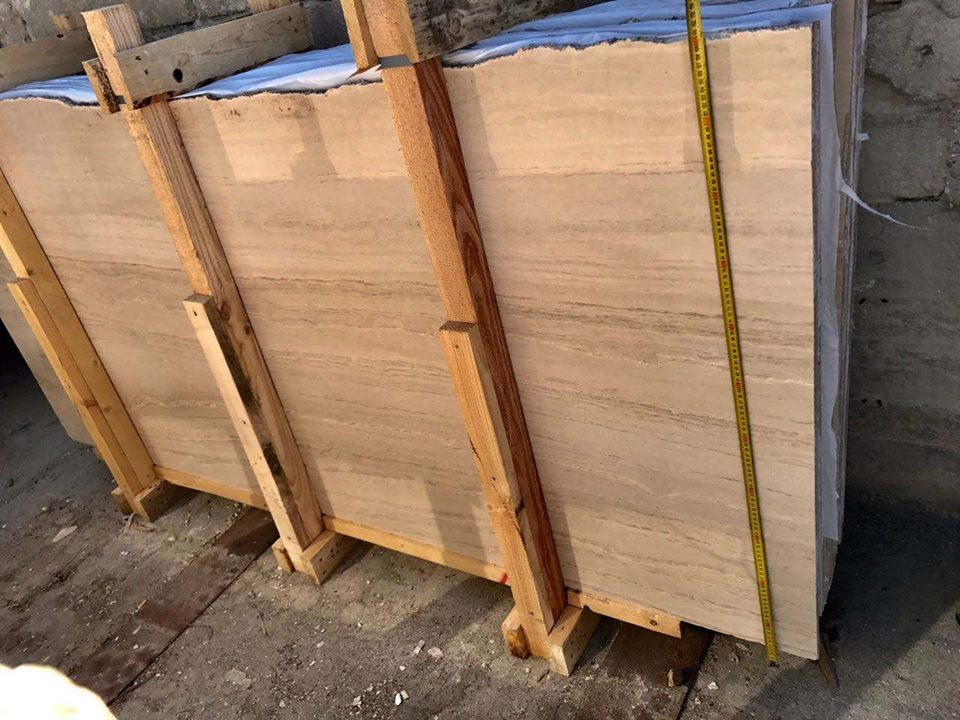 Marble Slabs Serpeggiante Beige Marble from Italy
