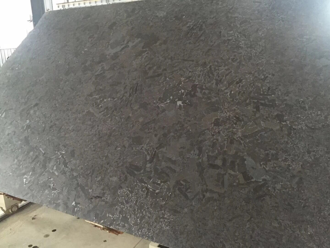 Marron Cohiba Antique Brown Leathered Surface Black Granite Slabs