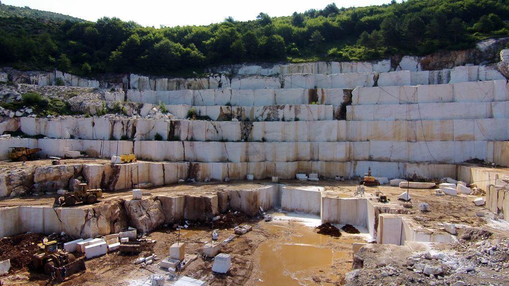 Milestone Volakas Quarry Blocks