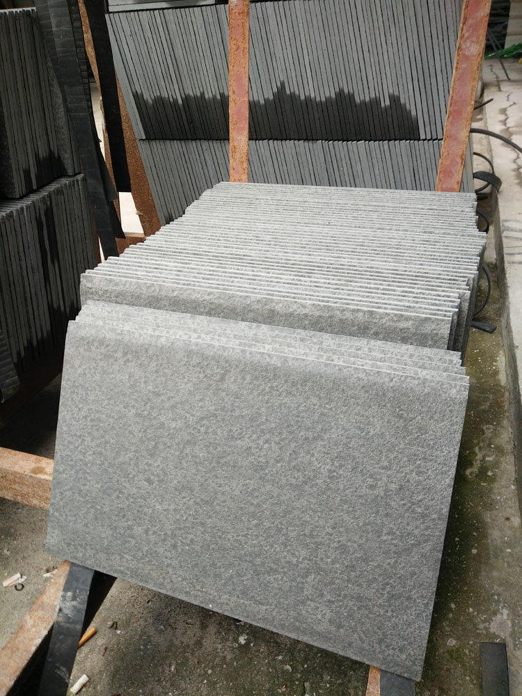 Monglia Black Basalt Tiles Unpolished Paving Stone