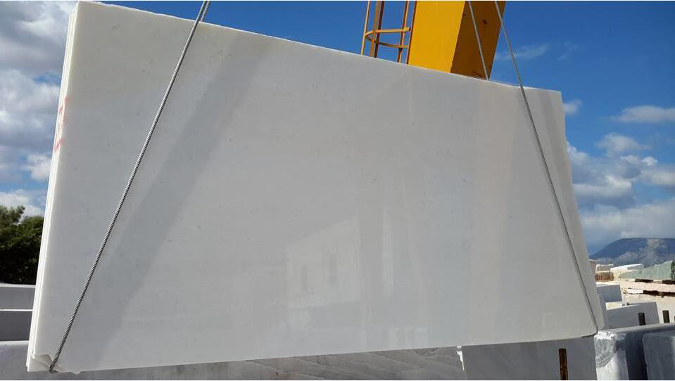 Naxos White Polished Marble Slabs