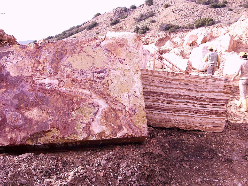 Red Blocks Onyx Stone