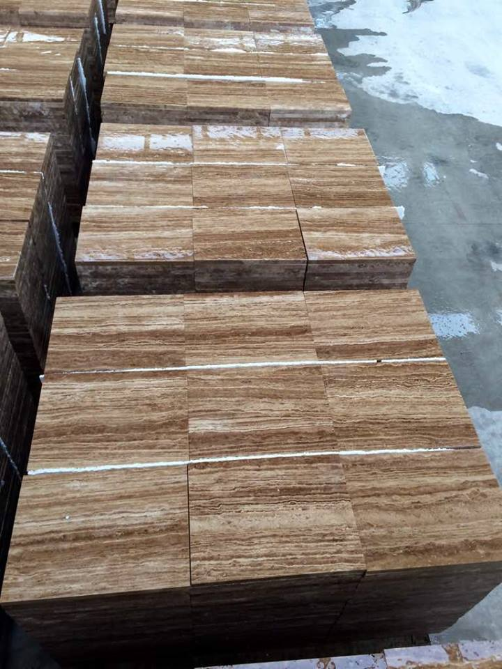 Noche Travertine Vein Cut Tiles for Flooring