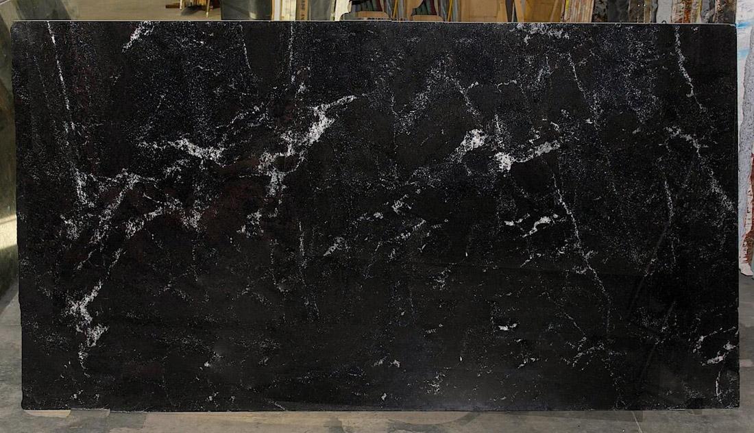 Nordic Sunset Granite Slabs Polished Black Granite Slabs for Countertops
