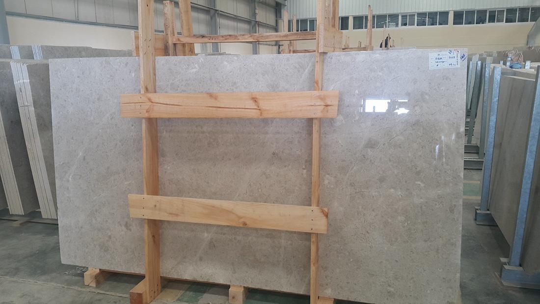 Omani Marble Desert Beige Marble Slabs