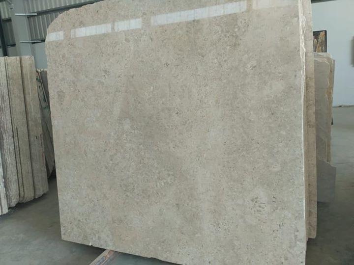 Omani Marble Polished Beige Marble Slabs