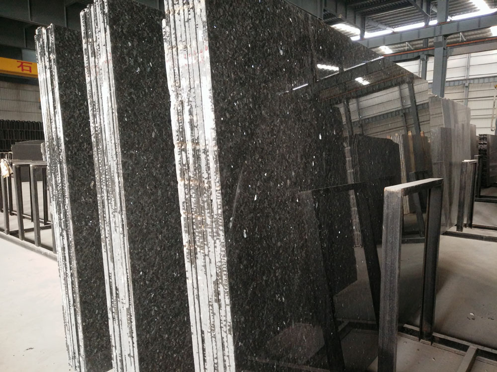 Original Emerald Pearl Granite Polished Slabs Blue Granite Big Slabs