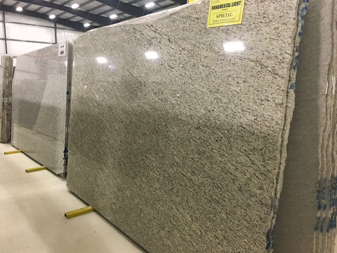 Ornamental Light Granite Slabs Polished Beige Granite Slabs