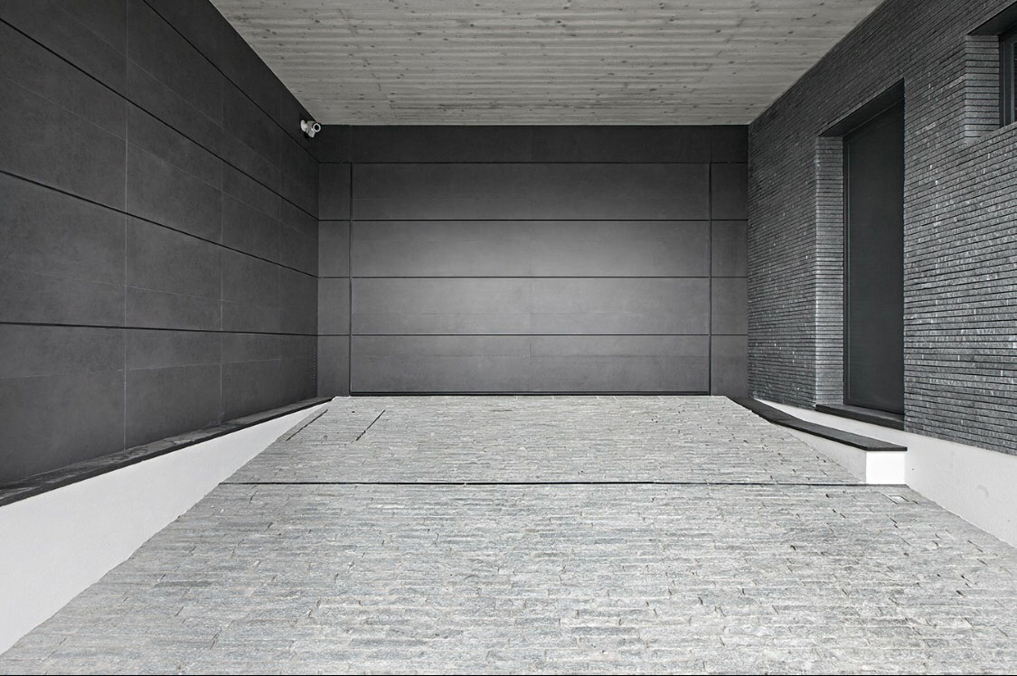 Pakistan Grey Metallic Sandstone Polished Tiles