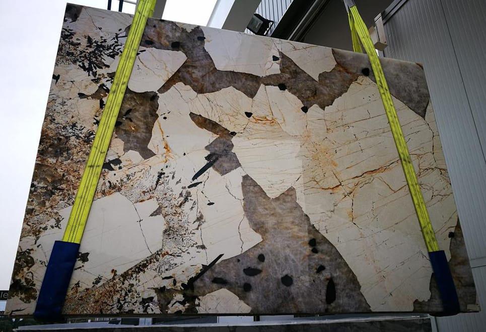 Patagonia Granite Slab Brazil Polished Granite Slabs for Countertops