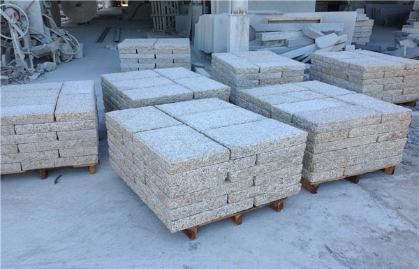 Paving Stone Yellow Granite