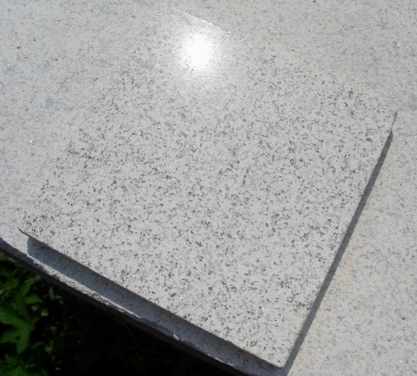 Pearl White Granite Tiles Polished Flooring Tiles