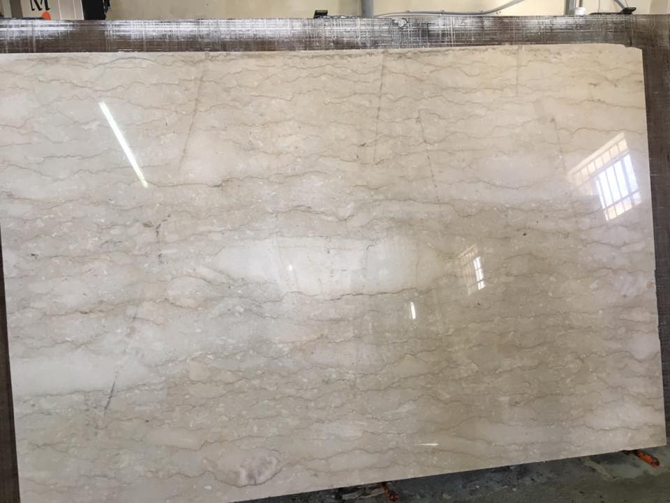 Perlatino Marble Polished Beige Marble Slabs