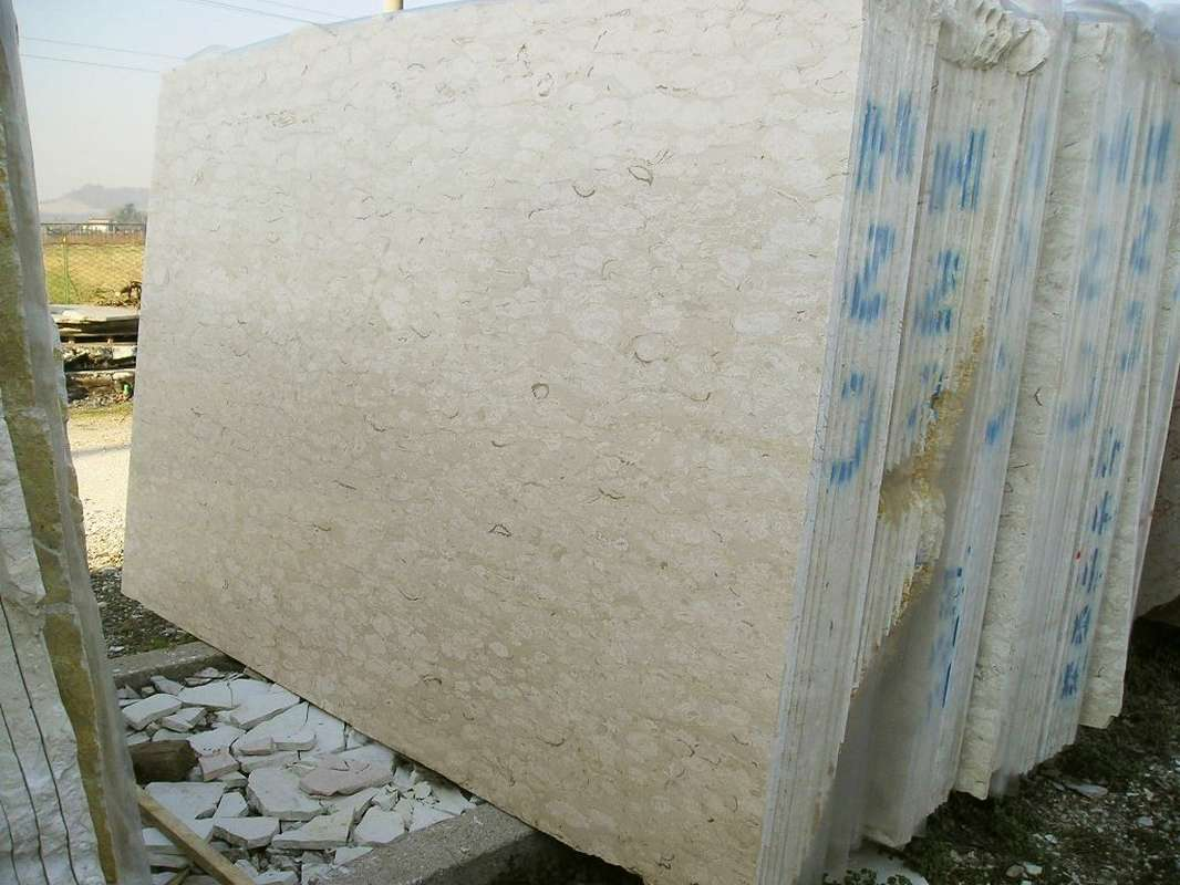 Perlato Royal Beige Marble Slabs with Competitive Price