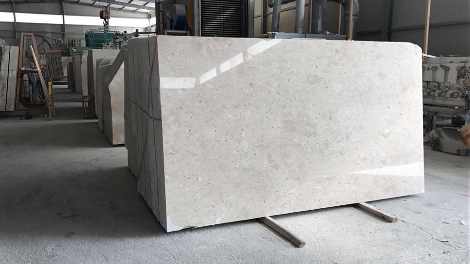 Perlato Sicilia Marble Polished Beige Slabs from Italy