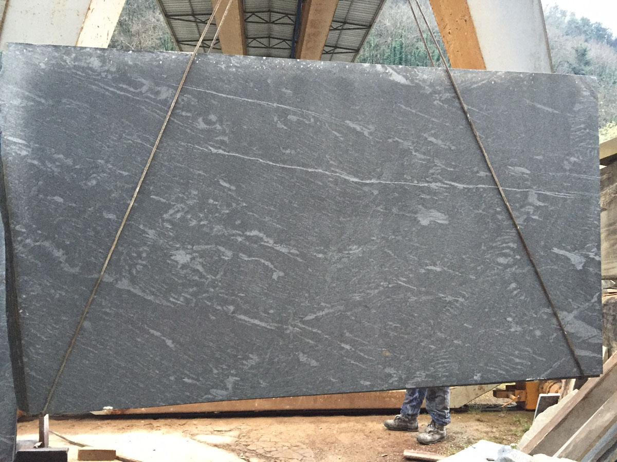 Pietra del Cardoso Marble Slabs