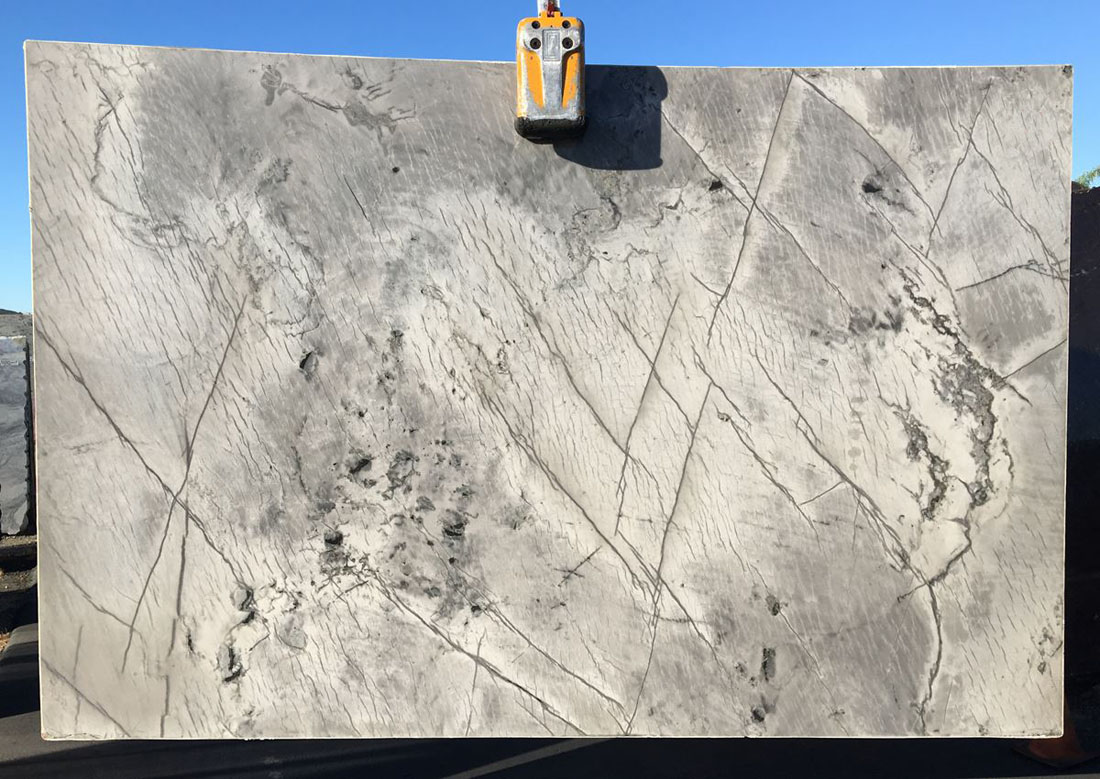 Platinus Quartzite White  Brazilian Quartzite Slabs