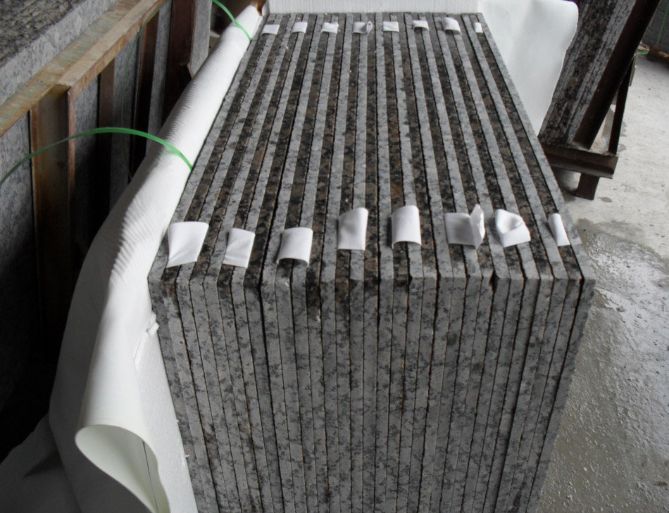 Polished Baltic Brown Granite Stone Tiles