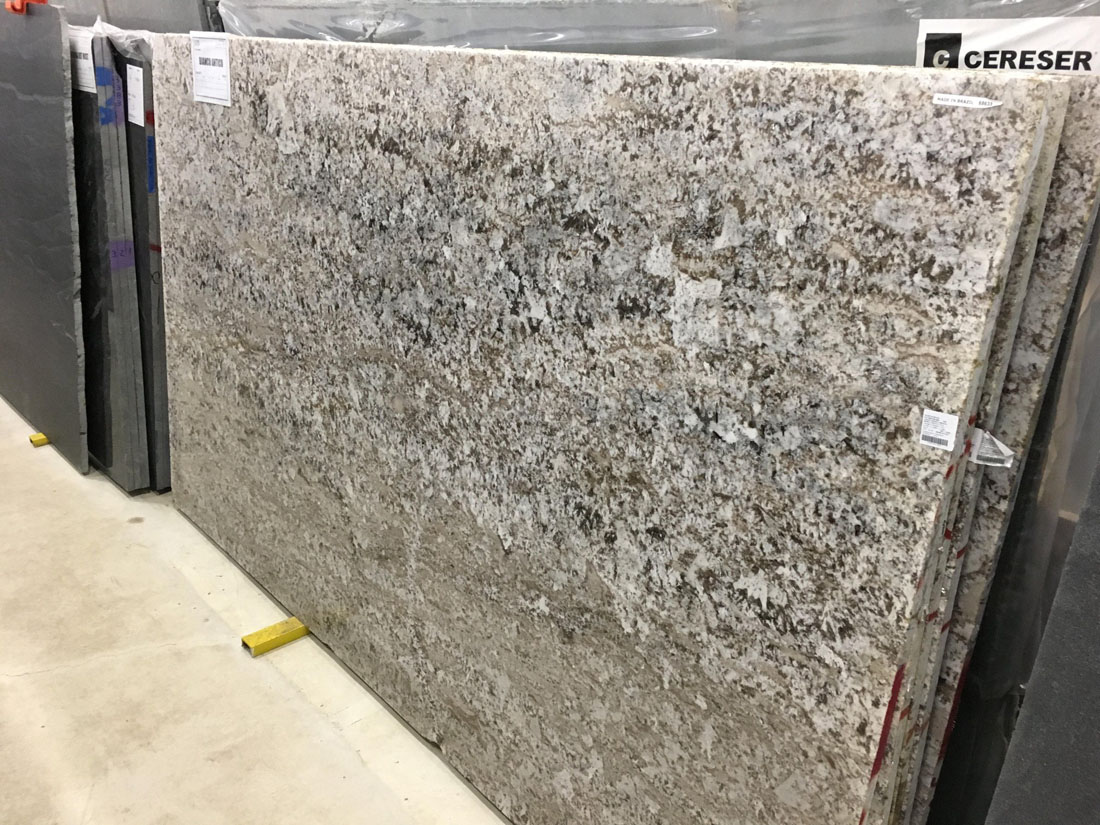 Polished Bianco Antico Granite White Granite Slabs