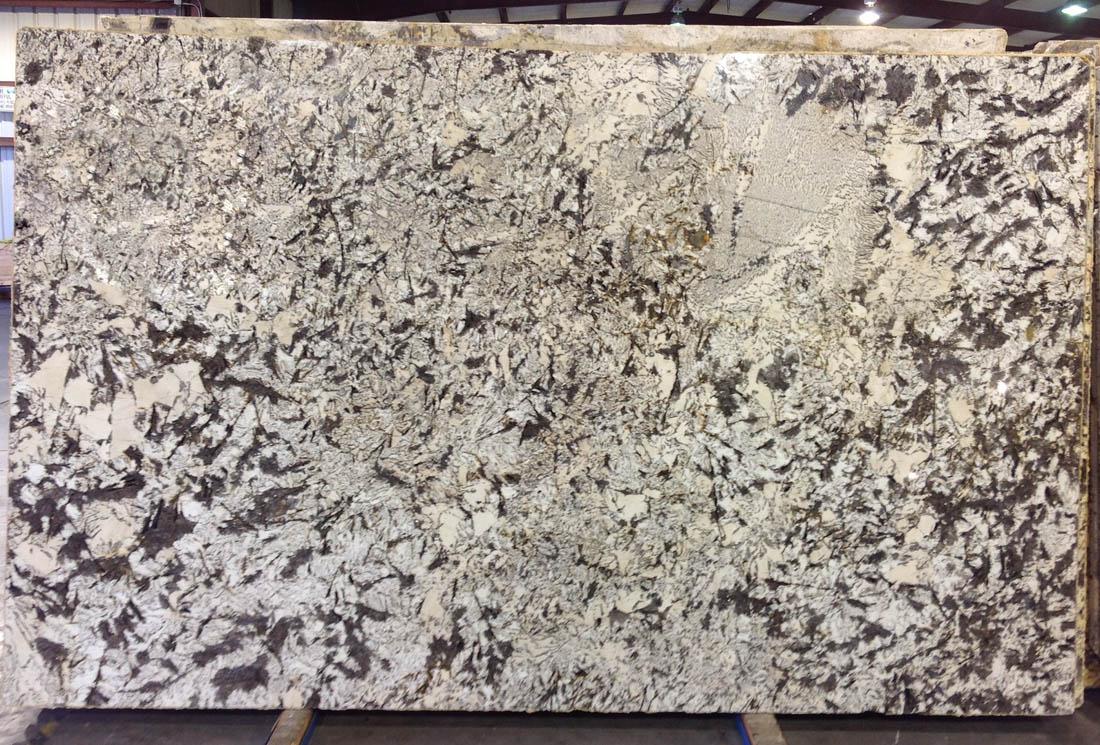 Polished Delicatus Cream Granite Slabs For Kitchen Countertops Granite Slabs