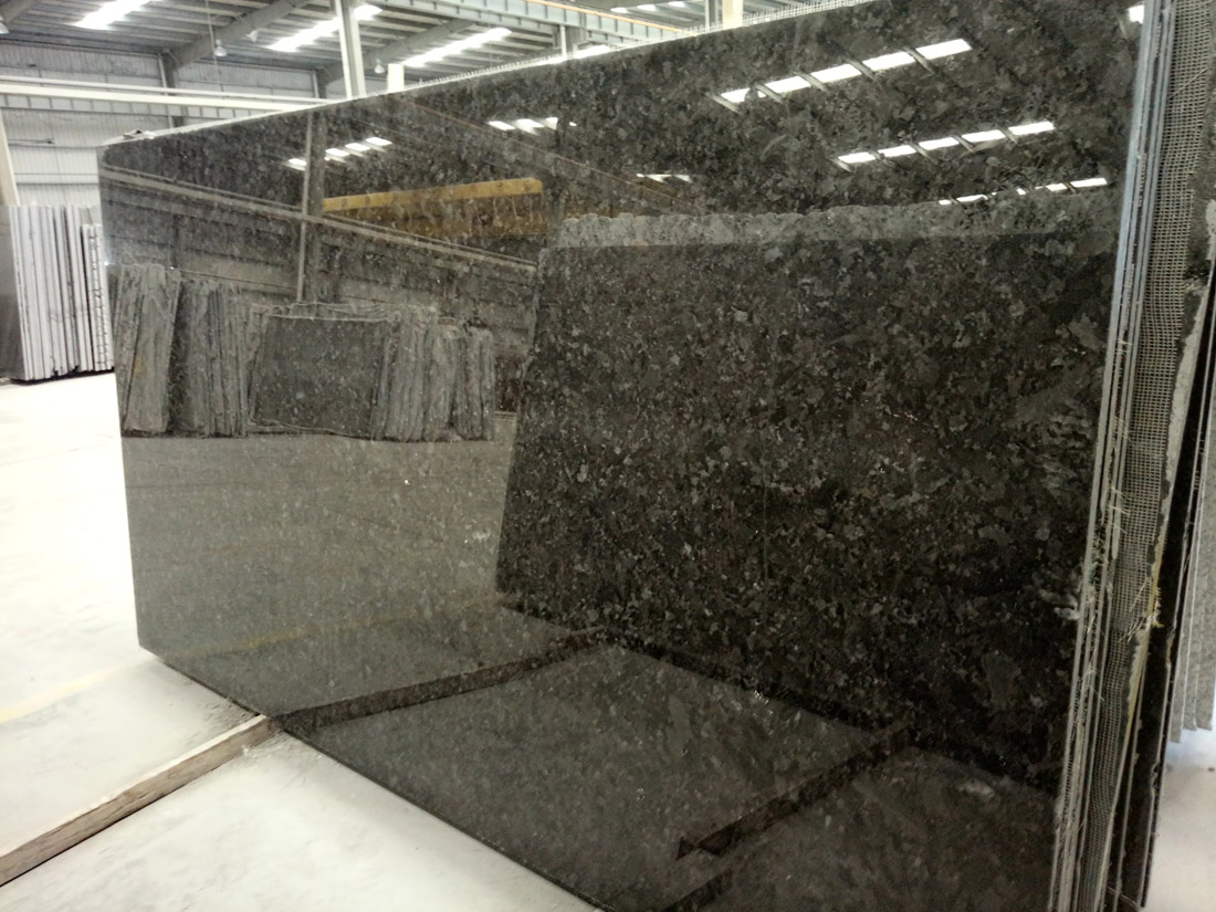 Polished Negro Angola Marron Cohiba Antique Brown Black Granite Slabs