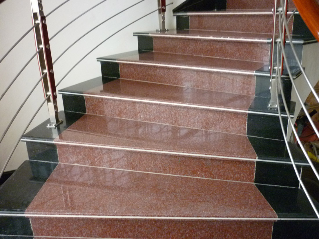 Polished Red Granite Stone Steps