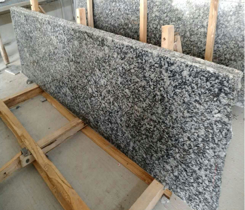 Polished Spray White Granite Countertops with Top Quality