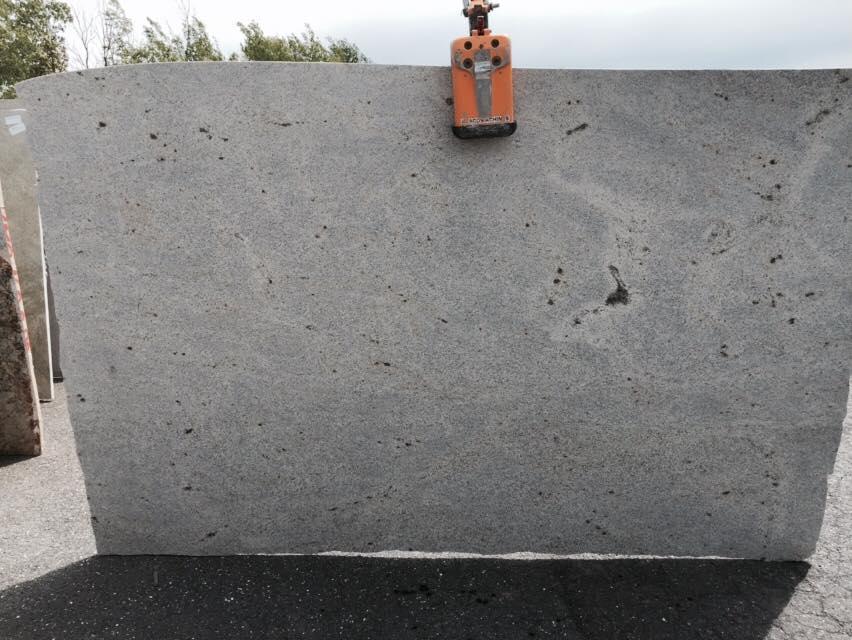 Polished White Granite Slabs Kashmir White Stone Slabs from India