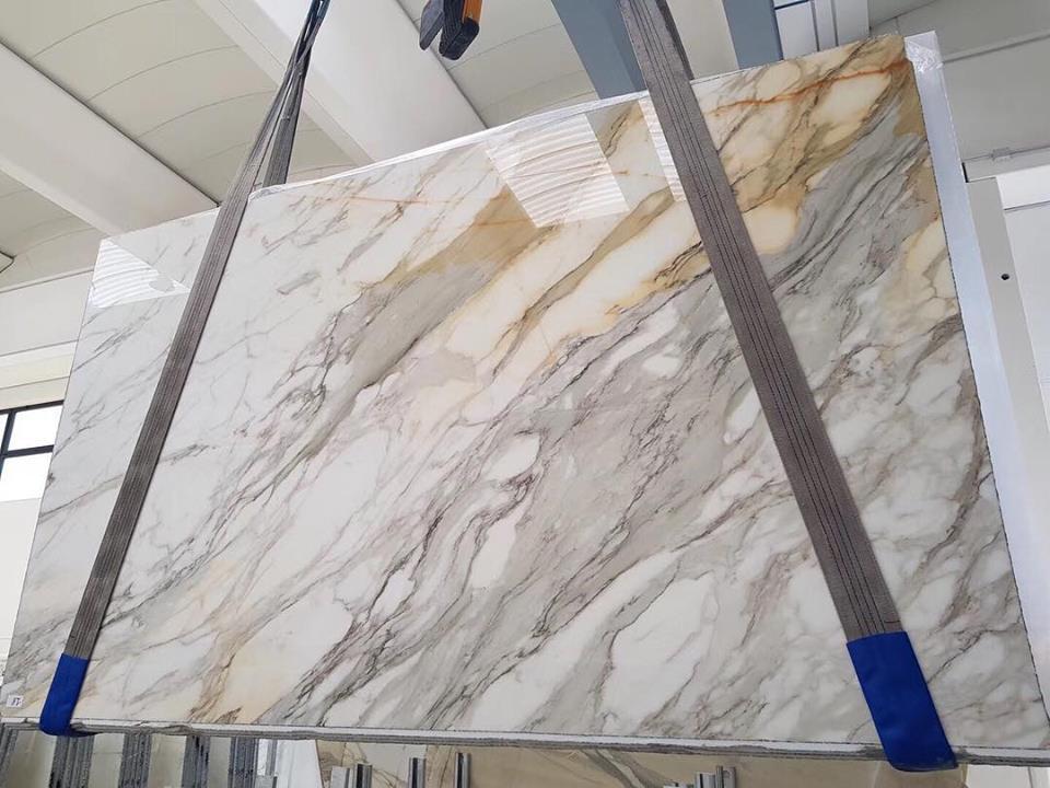 Polished White Marble Slabs Calacatta White Slabs