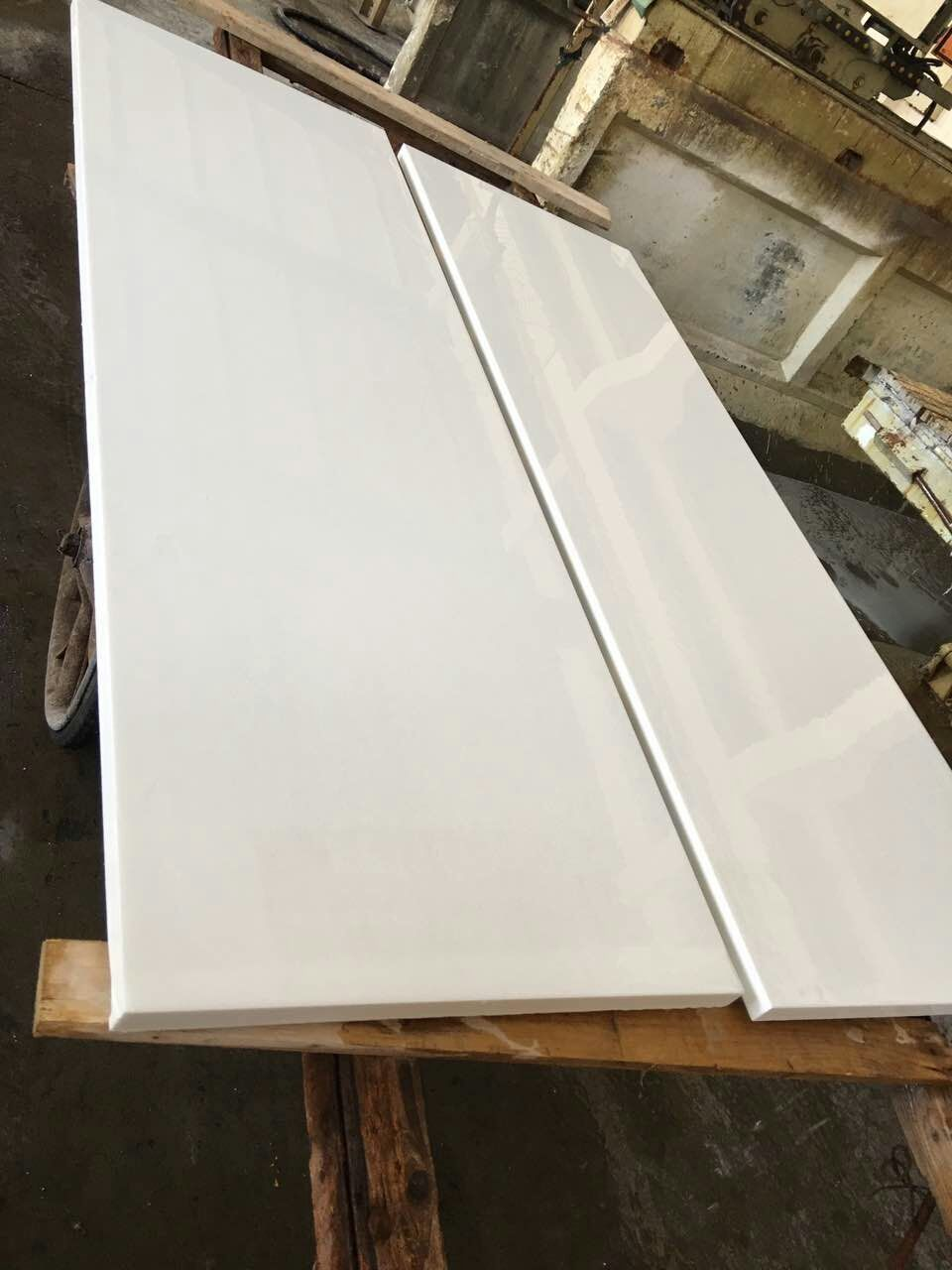 Pure White Nano Glass Stone for Kitchen Countertops
