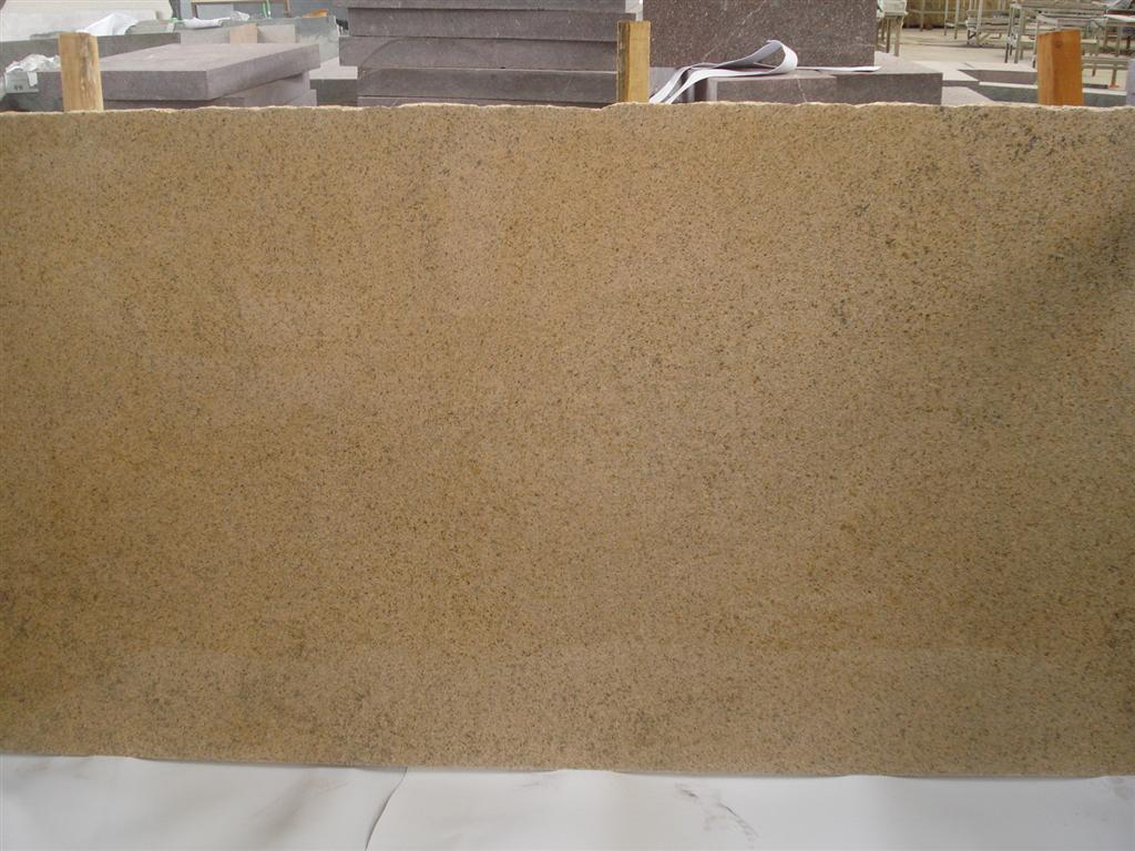 Putian Rust Granite Slabs Yellow Granite Polished Slabs