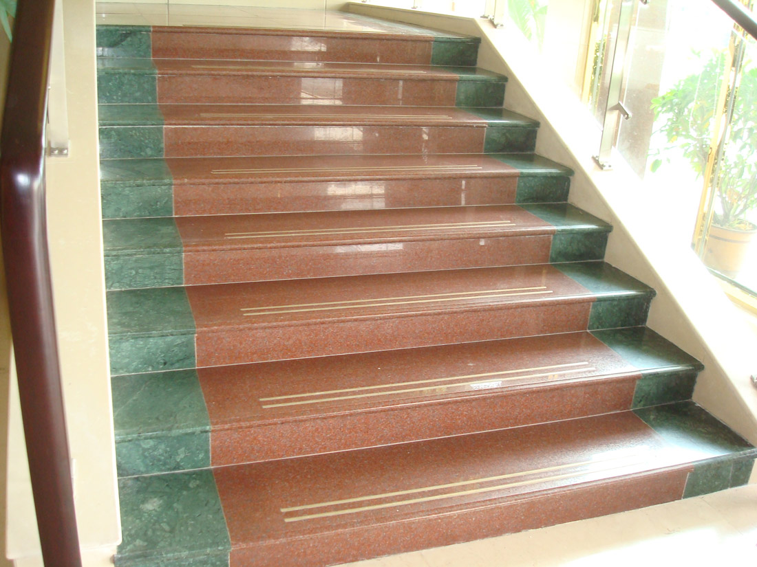 Red Granite Stone Polished Steps