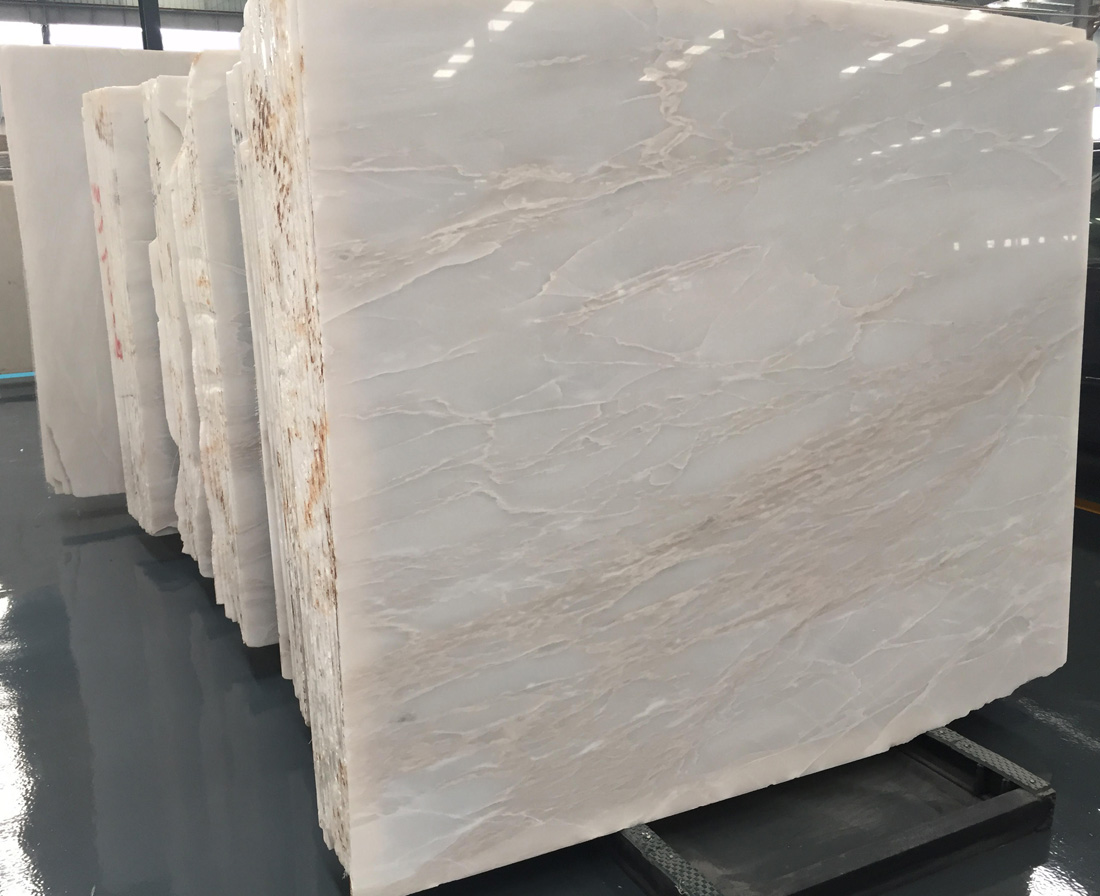 Rhinoceros White Marble Slabs with Top Quality