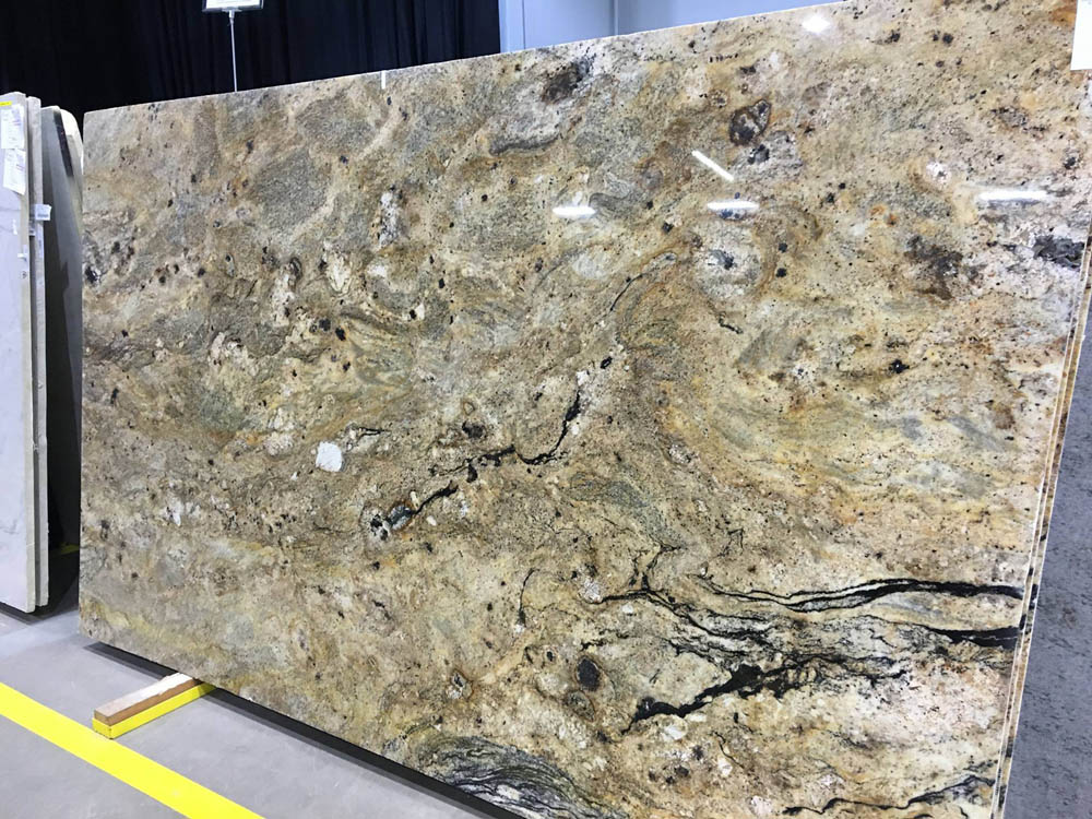 San Luiz Granite Polished Beige Granite Slabs