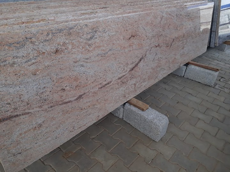 Siva Gold Polished Granite Slabs for Kitchen Countertops