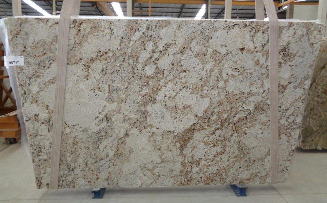 Snow Fall Granite Slabs White Brazil Granite Stone Slabs for Countertops