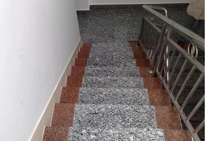 Spray White Granite Maple Red Granite Stair
