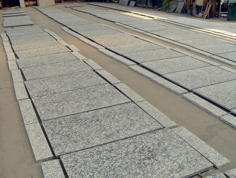 Spray White Granite Tile Top Quality Granite Tiles for Flooring